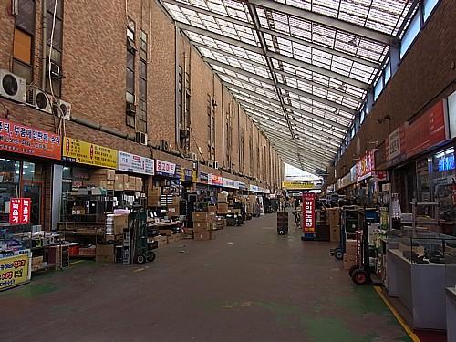 龍山電気街