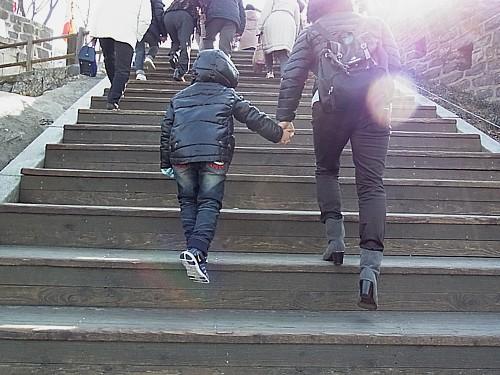 階段つらい