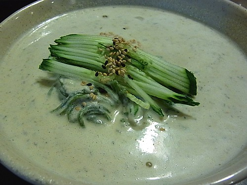 冷たい豆乳麺