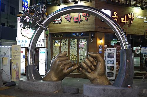 指輪のオブジェ