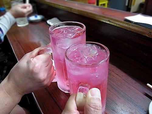 ピンク色の不思議な飲み物