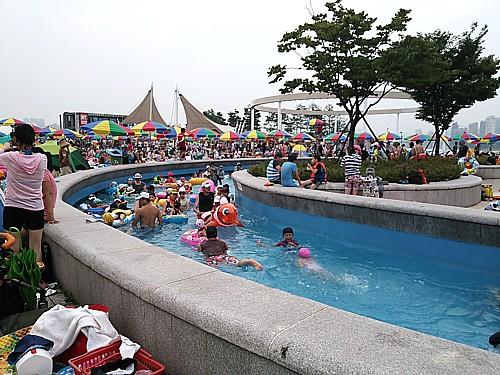 韓国水遊び