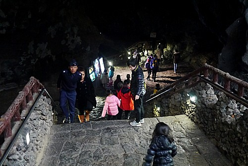 溶岩が通ったトンネル
