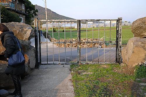 閉じられた門