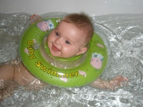 Baby_Swimmer