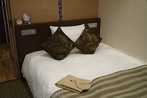 綺麗なベッド
