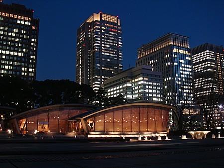 和田倉噴水 東京の夜景