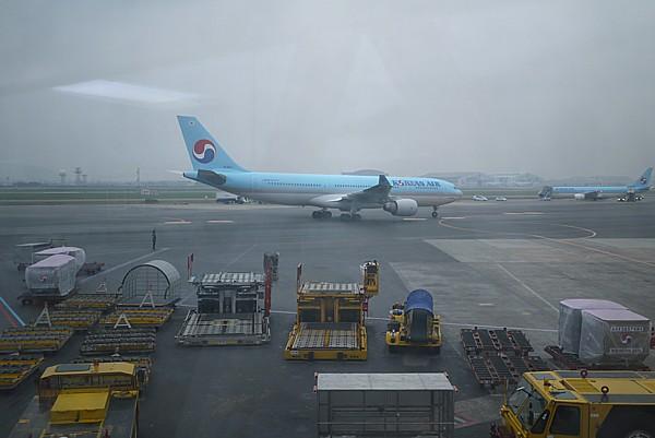大韓航空機