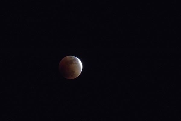 東京から見た皆既月食