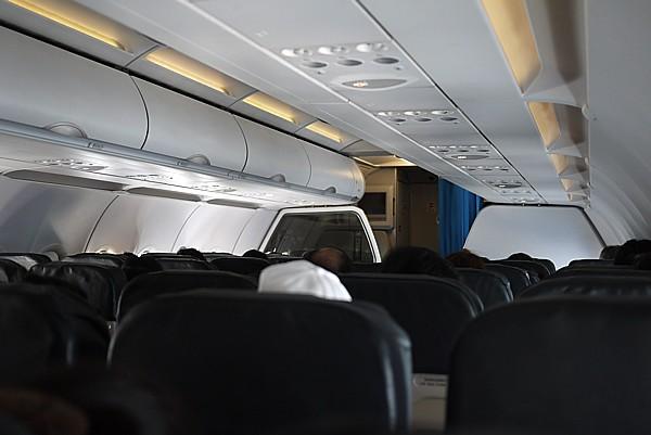 JW917 成田空港から新千歳空港へ