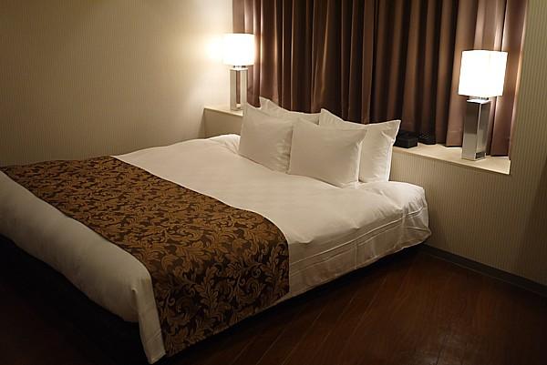 伊丹空港近くのホテル
