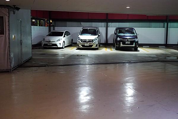 日中駐車場無料