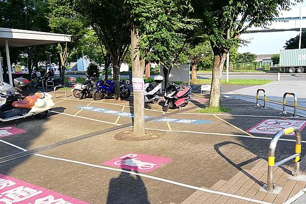 無料駐輪場