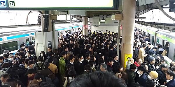 「満員電車は死ぬぞ」とロンドン市長が警鐘