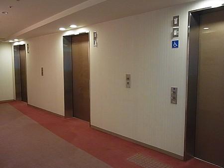 優れたホテル