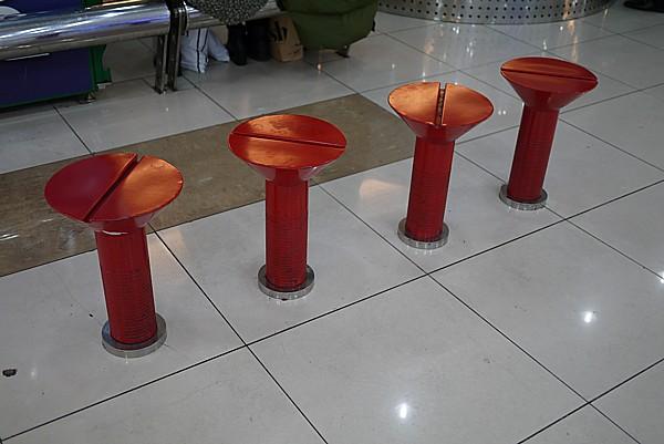 ユニークな椅子