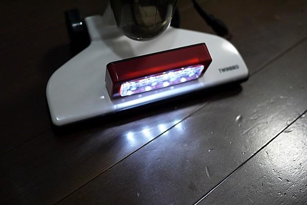 LEDライト付き掃除機